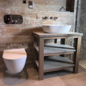 Headlands bathroom